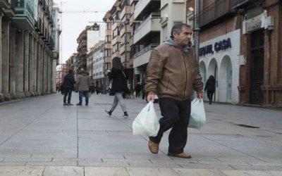La España confinada: 4,7 millones pasarán la cuarentena solos, casi la mitad son ancianos