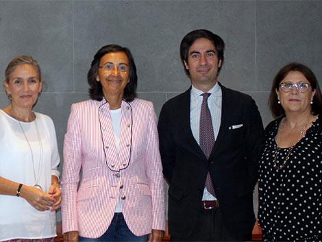 Con la Vicepresidenta de la Comisión de Sanidad y SS