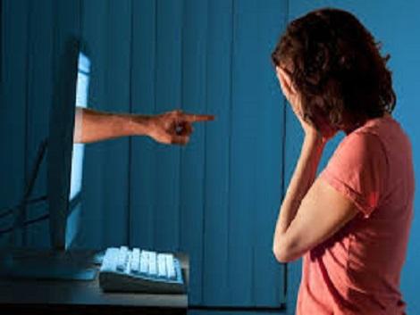 14. Redes Sociales y conductas antisociales en adolescentes