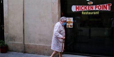 El BdE avisa: en 2050, por cada dos mayores de 65 años habrá solo tres personas activas