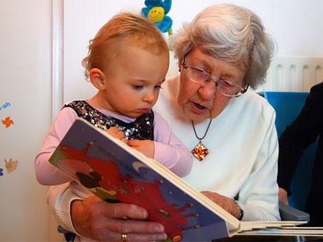 Las abuelos: pilar básico de la estructura familiar