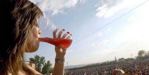 Los jóvenes que beben, fuman y consumen drogas son más propensos a tener patologías cardiacas prematuras
