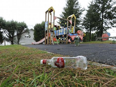 Los médicos piden que se prohíba el botellón para que los menores no beban