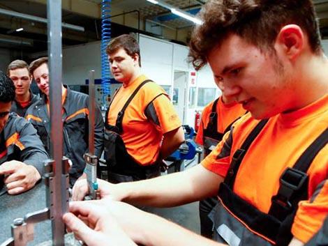Alemania, incapaz de reponer la mano de obra por la baja natalidad