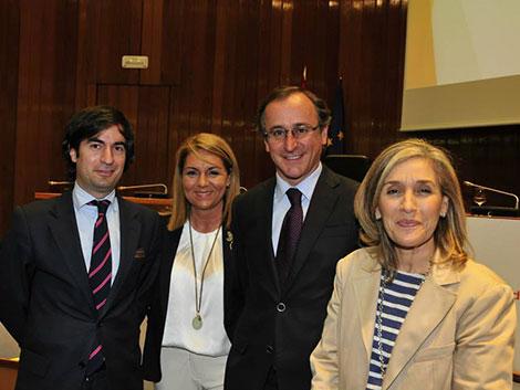 Encuentro con el Ministro de Sanidad, Servicios Sociales e Igualdad, Alfonso Alonso