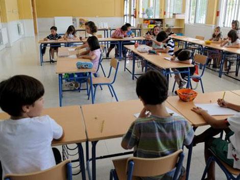 Todas las familias andaluzas podrán optar a una plaza para sus hijos en un colegio concertado