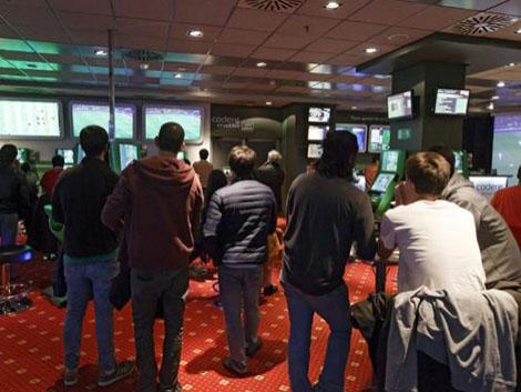 Barcelona prohíbe la apertura de nuevos bingos y casas de apuestas