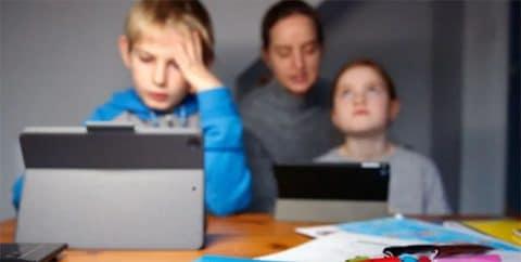 El debate de los deberes: las nuevas tecnologías complican más las tareas escolares