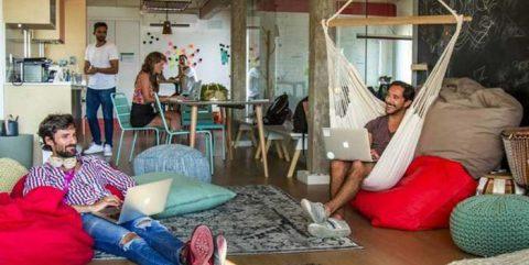 Los españoles se apuntan a vivir en 'coliving' para desquitarse de la soledad del confinamiento