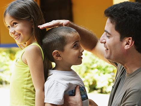 Por qué no debes comparar a tu hijo con los hijos de los demás