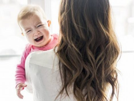 La dificultad para conciliar aleja de la maternidad a más de un millón de españolas