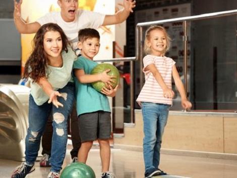 A partir de los 12 años, los niños prefieren pasar su tiempo libre con amigos, consolas o móviles