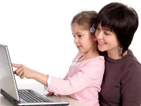 ¿Hasta dónde debo controlar lo que mi hijo hace en las redes sociales?