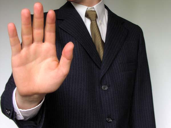 Ni formación, ni experiencia: la 'locura' de los contratos para jóvenes