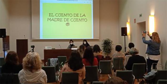 Las familias monomarentales duplican el riesgo de pobreza en Navarra por la ausencia de políticas