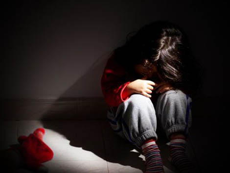 Domestic abuse: Police tell schools about children affected