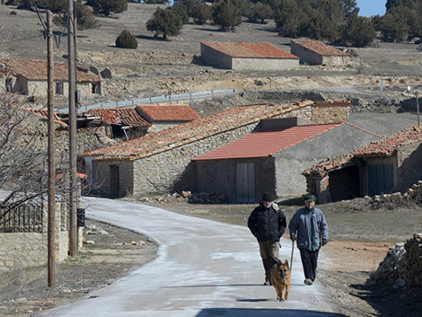 La Junta actuará contra la despoblación, que ya sufren el 54 % de los pueblos