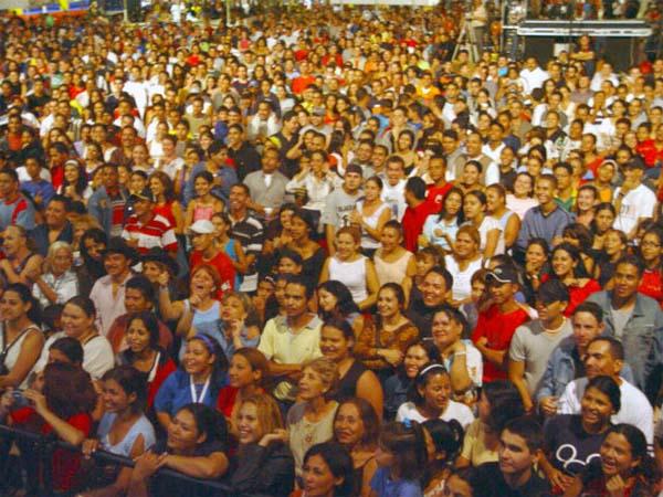 Mujeres y hombres en España 2010