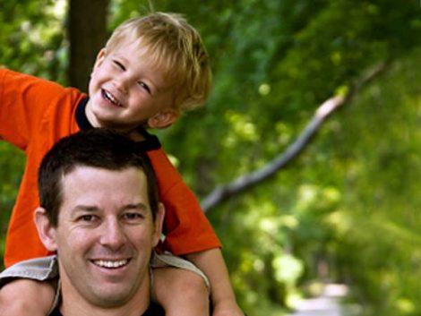 Historia de dos padres: la paternidad en EE UU hoy