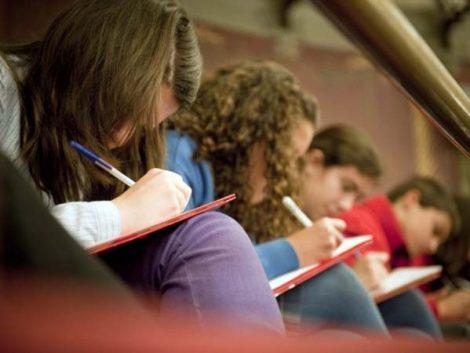 Equidad y calidad de la educación – Apoyo a estudiantes y escuelas en desventaja