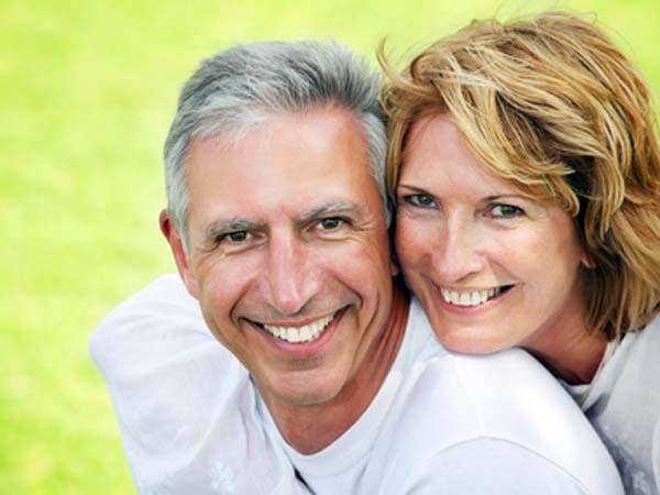 Los beneficios y los costes del retraso del matrimonio