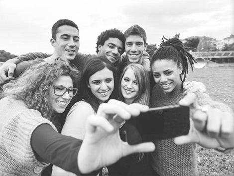 Jóvenes en la red: un selfie