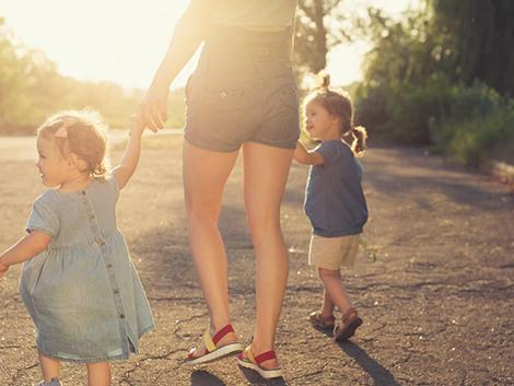 Una de cada cinco familias numerosas es monoparental