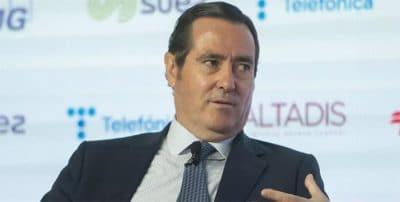La CEOE propone que se bonifique el IRPF de los jóvenes como alternativa al alza del SMI