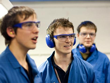 38. ¿Es el desempleo juvenil un problema grave?