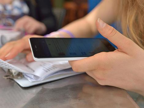 Dos de cada 10 adolescentes tienen citas a ciegas por internet