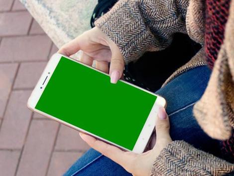 Más de la mitad de niños españoles entre 2 y 8 años cuenta con su propio dispositivo móvil