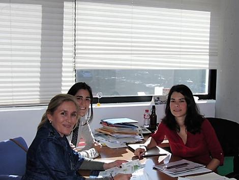 Reunión con Isabel Serra, diputada por Podemos en la Asamblea de Madrid
