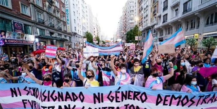 Autodeterminación de género, menores de edad y protección contra la violencia: las claves de la 'Ley Trans'