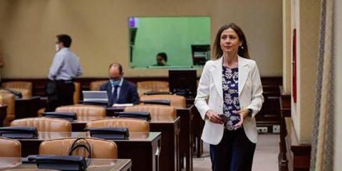 María Jesús Lamas: «Las personas vacunadas tendrán que seguir llevando mascarilla»