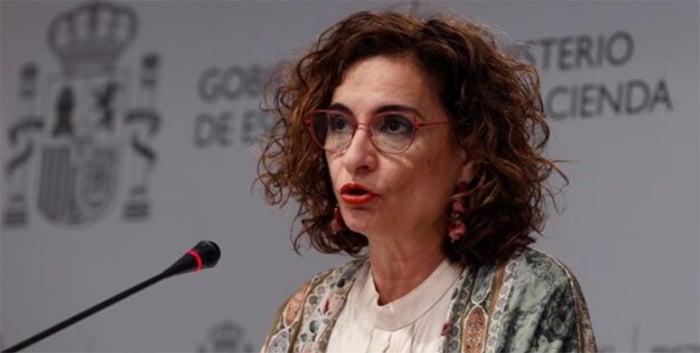 El Gobierno deja en manos de los «expertos» el hachazo fiscal al IRPF de las declaraciones conjuntas