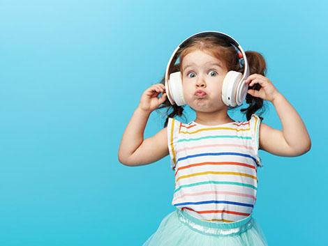¿Qué música escuchan sus hijos?