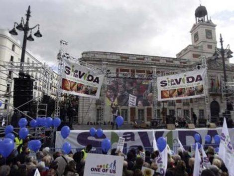 """Las asociaciones provida """"exigen"""" al Gobierno que cumpla """"sin dilación"""" con la reforma del aborto"""