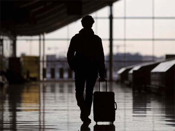 La UE anima a jóvenes a buscar trabajo fuera