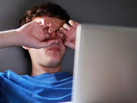 El 30% de los amigos de los adolescentes en las redes sociales son desconocidos
