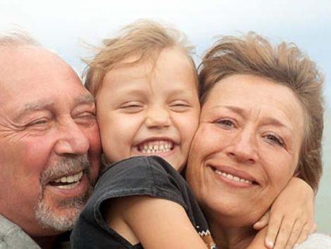 Los abuelos, más permisivos con sus nietos