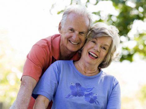 Los jubilados mantienen a las familias pero el mercado se olvida de ellos