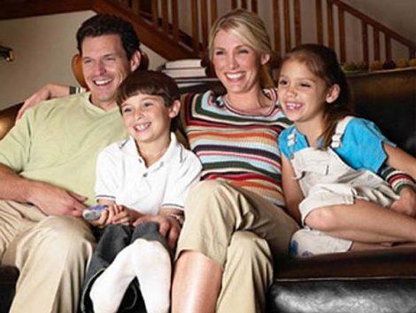 """Las familias numerosas, a favor de que se adelante el """"prime time"""" en TV"""