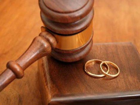 La crisis triplica los casos de divorciados que instan una rebaja de la pensión a sus hijos