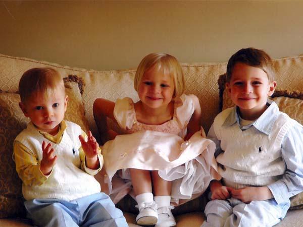 Una nueva ley prohíbe a familias españolas adoptar niños rusos