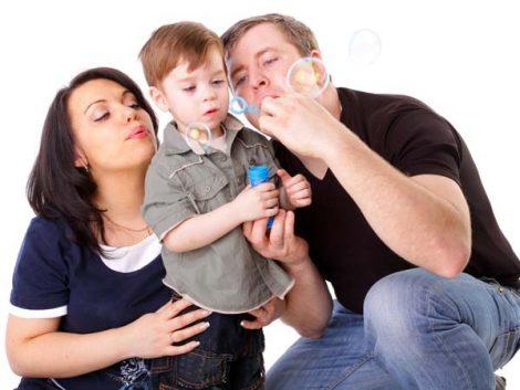 En Francia se enseña a ser mejores padres