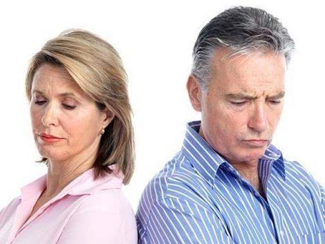 Aumentan un 4,6% los divorcios y descienden un 5,3% las separaciones en Andalucía durante 2012