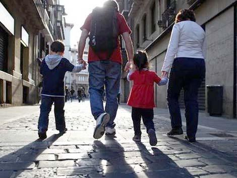El 25% de las familias españolas pasa menos de una hora a la semana de tiempo juntos
