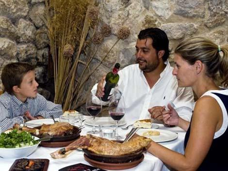 Las familias gastaron 2.000 euros en ocio en 2013, unos 170 menos que en 2012