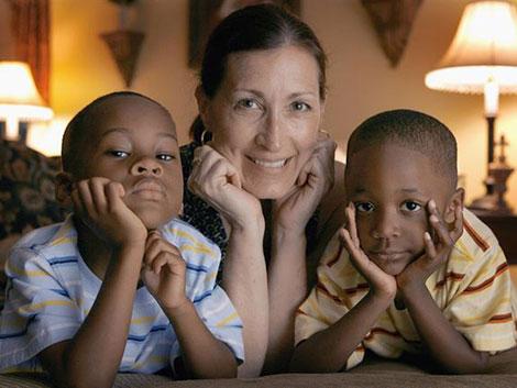 ¿Cómo adoptar a un niño?