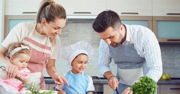 Comer en familia, el mejor nutricionista